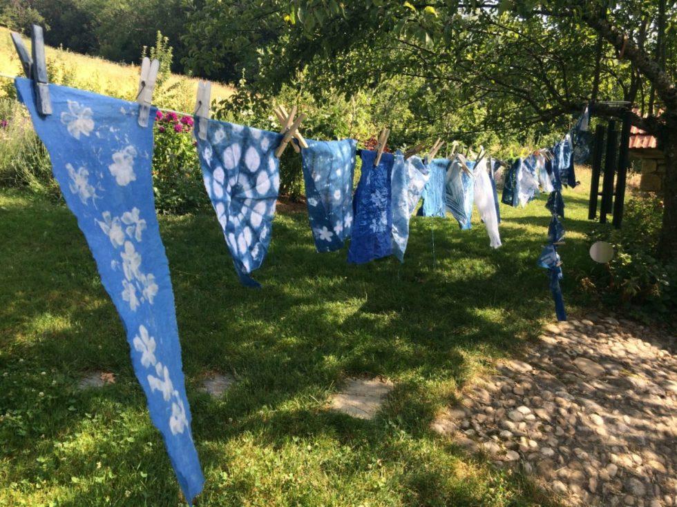 Atelier de teintures végétales - Indigo au jardin sur lin et coton